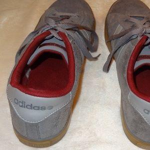 Adidas Men's Vulc Sneaker - Grey/Burgundy - Sz 9